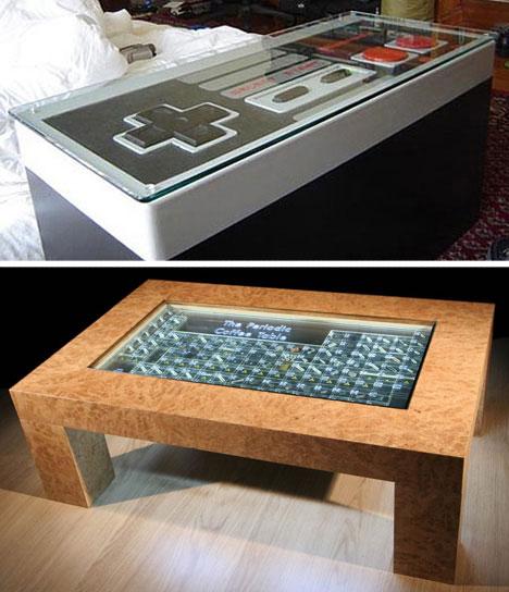 Стол 1 в виде контроллера Нинтендо, Стол 2 - с таблицей Менделеева.